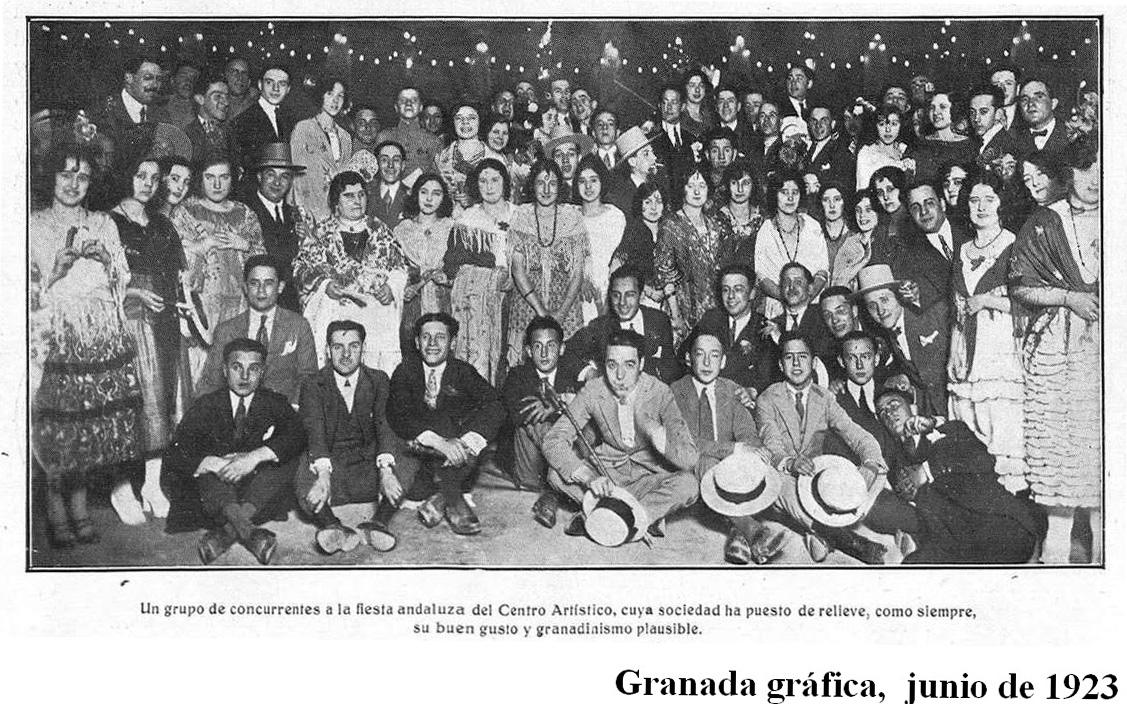 Party of the Centro Artístico of Granada in June 1923.