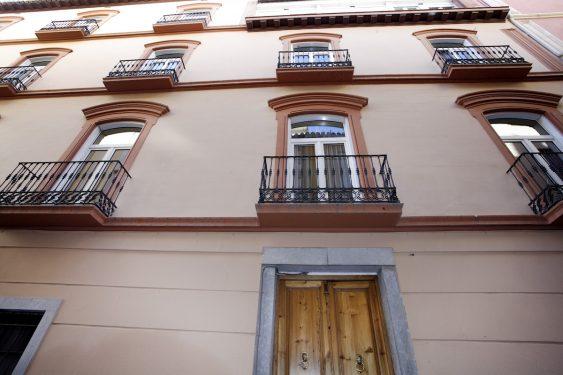 Antigua casa de los Rosales, amigos de García Lorca, donde pasó sus últimos días antes de ser detenido. Federico ocupó una habitación de la segunda planta. Actualmente el edificio es un hotel.