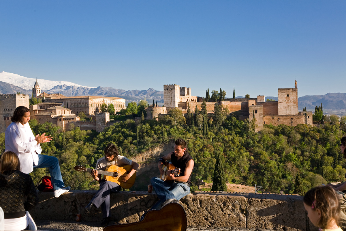 San Nicolás Viewpoint, in the Albaycín district, offers excellent views of the Alhambra.