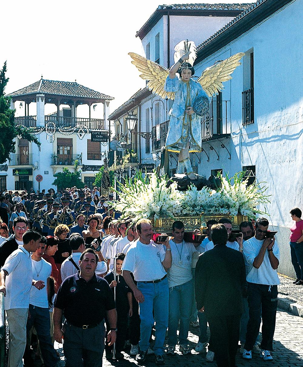 Romería de San Miguel, en el barrio granadino del Albaicín.