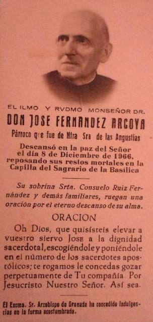Memory of the funeral of José Fernández Arcoya, parish priest of the Basilica of Nuestra Señora de las Angustias in Granada / Photo: Todocolección