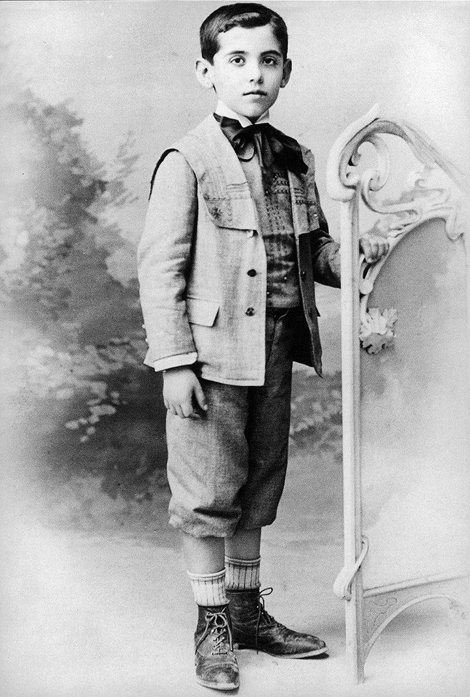 Retrato de Federico García Lorca niño en Fuente Vaqueros.