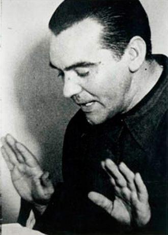 Federico García Lorca durante una alocución.