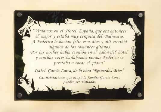 Plaque outside the Hotel España in Lanjarón, where García Lorca's family stayed when they went to the spa to alleviate Doña Vicenta's ailments.