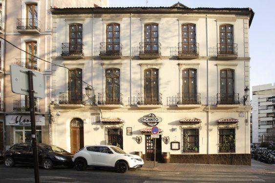 Restaurante Chikito, donde en su día estuvo el Café Alameda, sede de El Rinconcillo.