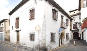 Carmen de los Mascarones, en la calle Pagés del Albaicín de Granada, casa el poeta Pedro Soto de Rojas.
