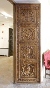 Puerta de acceso a  la Cuadra Dorada en la Casa de los Tiros.