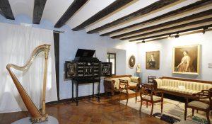 Sala Isabelina en la Casa de los Tiros, Granada.