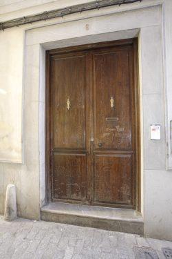 Fachada de la que fue casa de Antonio Segura Mesa, profesor de música de Federico García Lorca.