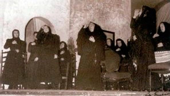 La casa de Bernarda Alba. Compañía de Margarita Xirgu. 1945. Foto: Gaspar/Museo Nacional del Teatro de Almagro.