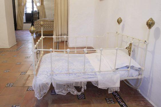 Museo Casa-Natal de Federico García Lorca en Fuente Vaqueros. Cuna y dormitorio de Federico.