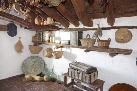 Granero en la primera planta de la vivienda de los caseros de la familia de Federico García Lorca en Valderrubio.
