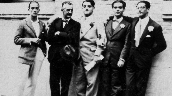 Salvador Dalí, José Moreno Villa, Luis Buñuel, Federico García Lorca y José Antonio Rubio Sacristán.