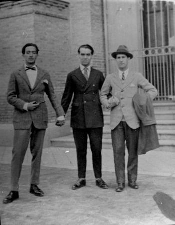 De izquierda a derecha, Salvador Dalí, Federico García Lorca y Pepín Bello.