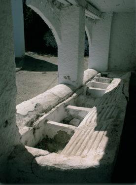 Antiguos lavaderos de Pitres.