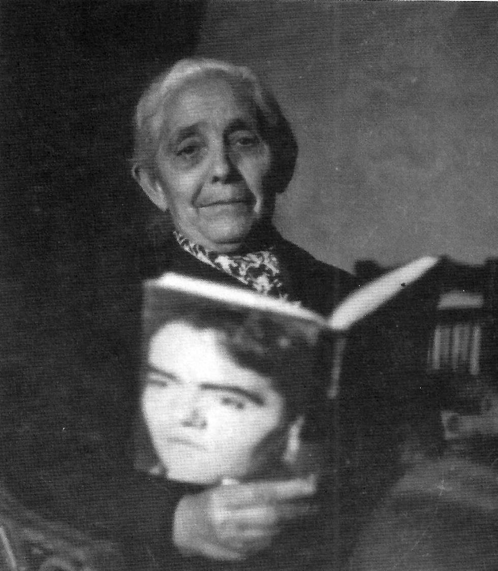 Prima Aurelia fotografiada por Penón en 1956.